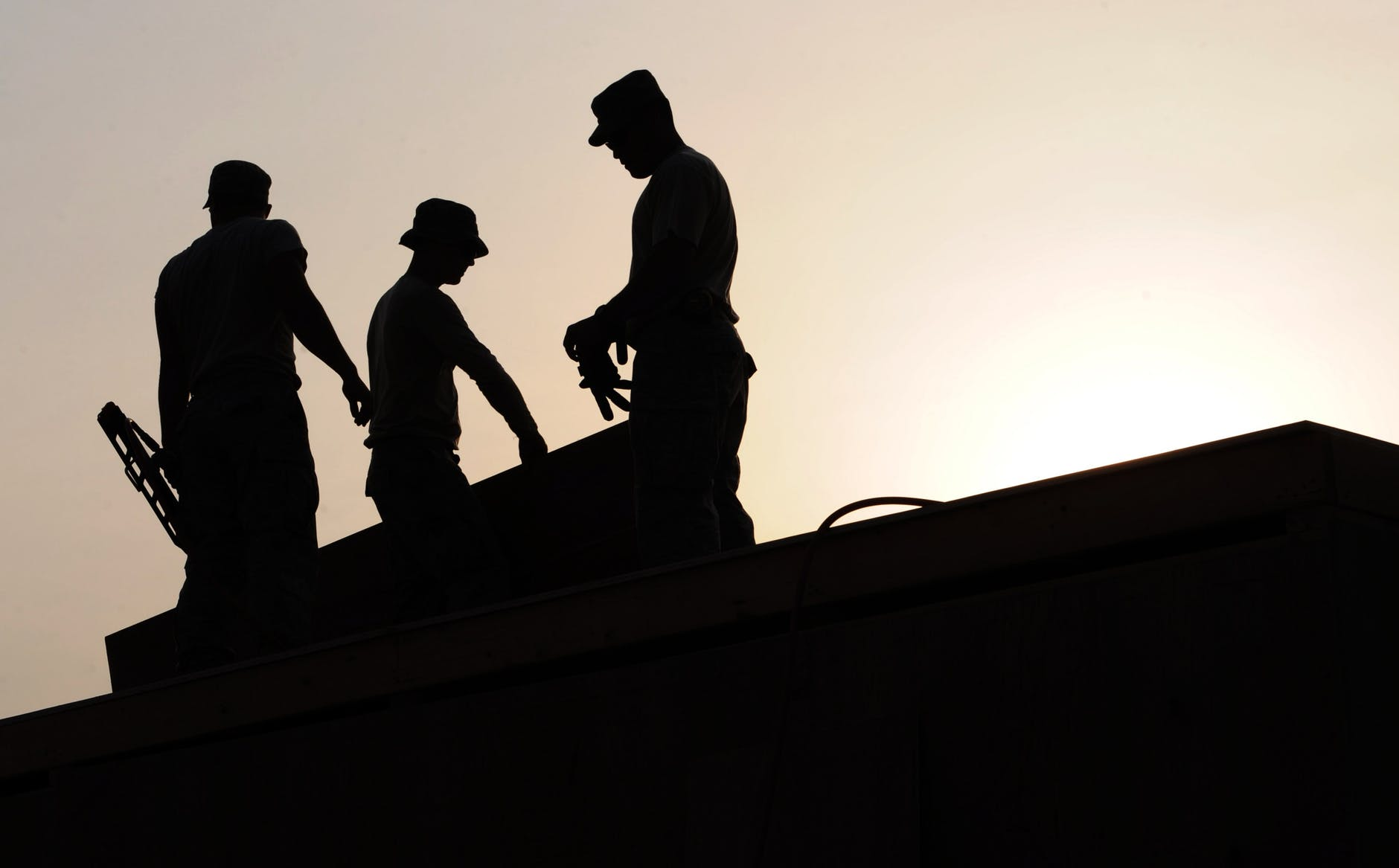 roof repairs and roof replacement